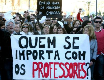 http://educacaoeuapoio.com.br/wp-content/uploads/2013/05/Professor-precisa-e-merece-ganhar-bem-afirma-Alexandre-Garcia.jpg