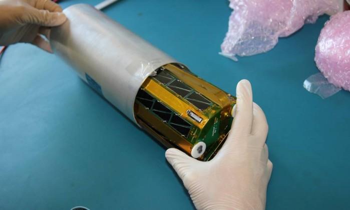 Satélite criado por alunos de escola pública de SP será lançado no espaço