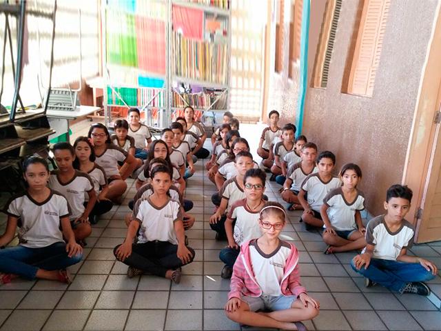 Alunos de escola estadual de Cajazeiras têm aulas de meditação e equilíbrio emocional