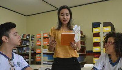 Projeto estimula leitura de obras escritas por mulheres em escola