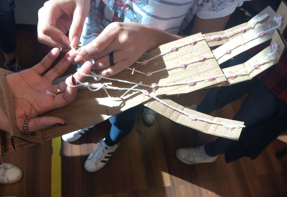 Alunos de escola pública criam soluções para melhorar vida de pessoas com deficiência