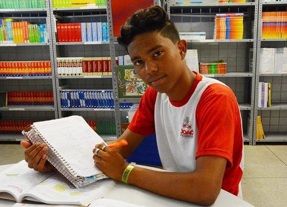 Aluno da rede municipal de JP é campeão da Olimpíada Brasileira de Matemática