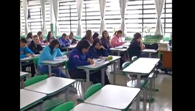 Iniciativa de alunos da rede pública integram escola e comunidade