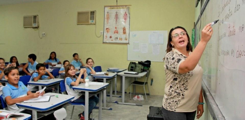 Governo da Paraíba libera quase R$ 9 milhões para formação de professores