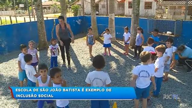 Escola de Itajaí-SC é exemplo de inclusão social