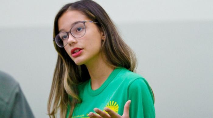 Projeto de escola estadual no MS leva aluna para maior feira de ciências do mundo nos EUA