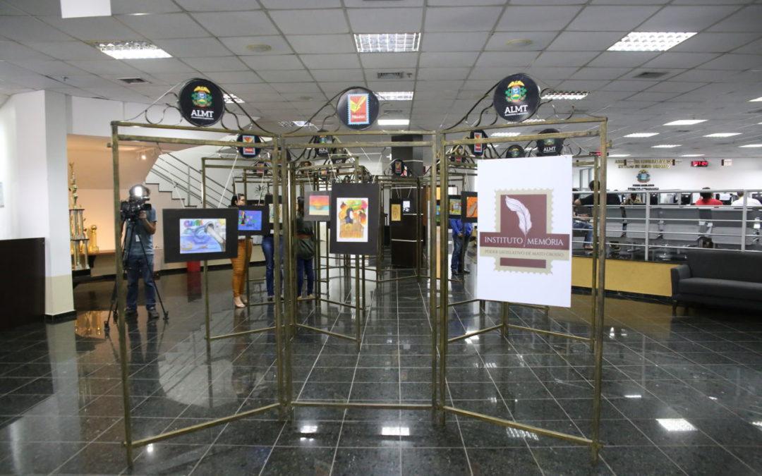 ALMT recebe exposição de obras produzidas por alunos de escola pública