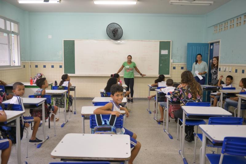 Professores têm formação sobre medicalização de crianças e adolescentes
