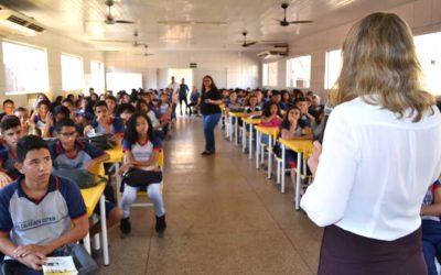 Magistrados participam do ciclo de palestras educativas nas escolas públicas sobre a funcionalidade do Poder Judiciário
