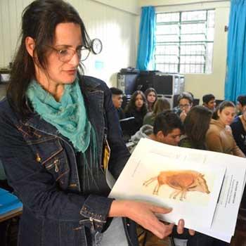 Professora da Rede Municipal de Santa Maria é finalista do Prêmio Educador Nota 10