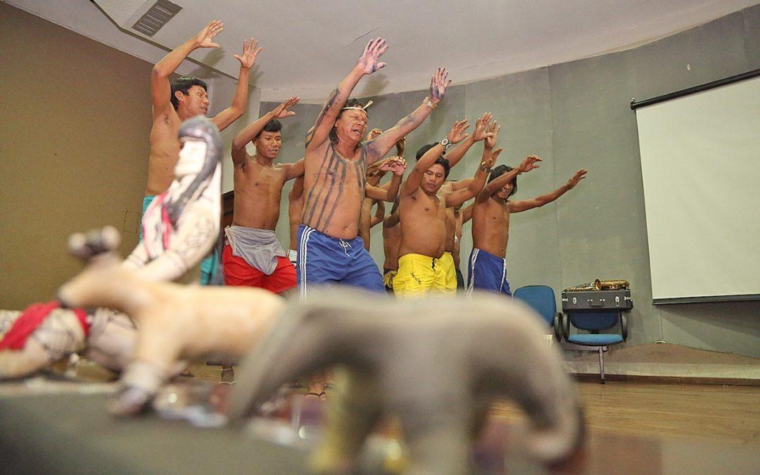 Educação forma professores e promove a preservação da cultura indígena tocantinense