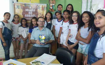 Projeto leva literatura de cordel a alunos de escolas públicas de Ceilândia