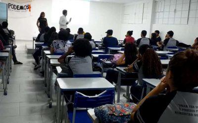 """""""Cursinho Popular PODEMOS +"""" oferece aulas gratuitas para alunos da Rede Pública de Ensino que vão prestar vestibular"""